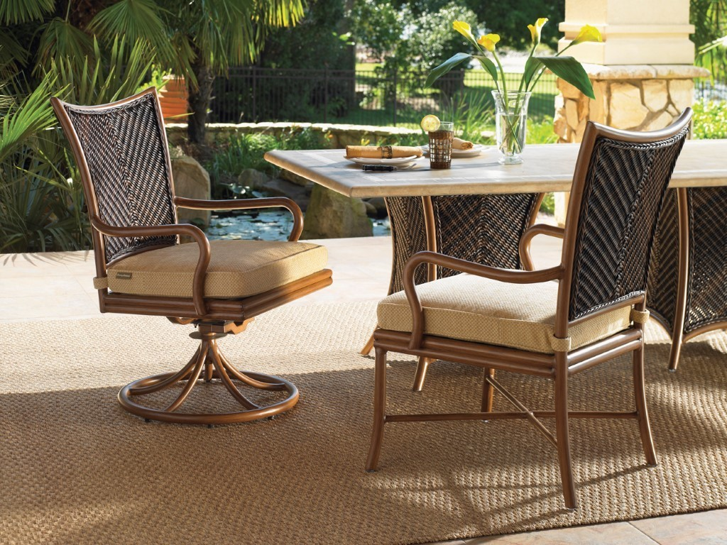 Tommy Bahama Island Estate Lanai dining set