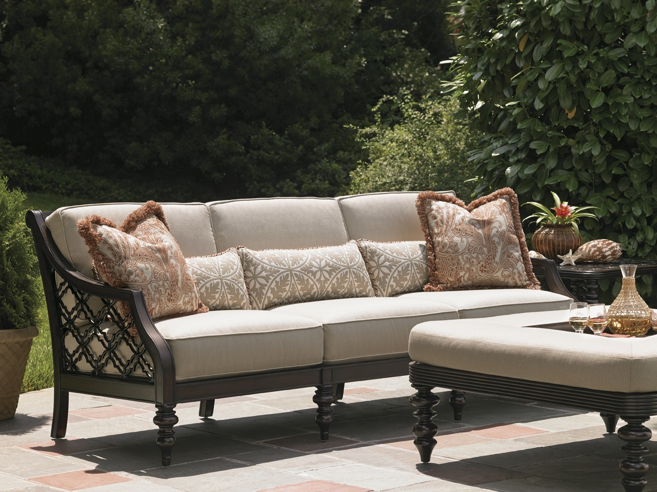 Royal Kahala Black Sands Sofa Hauser S Patio