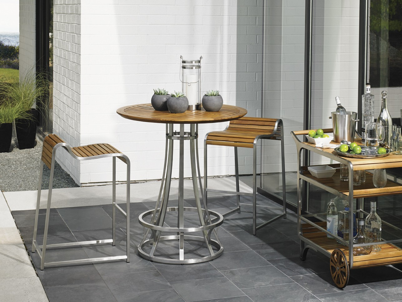 Tres Chic High Low Bistro Bar Table Base Hauser S Patio
