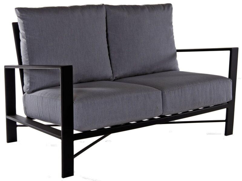 Gios Love Seat