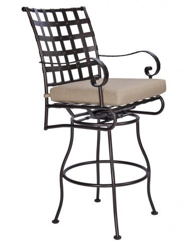 Classico-W Swivel Bar Stool With Arms