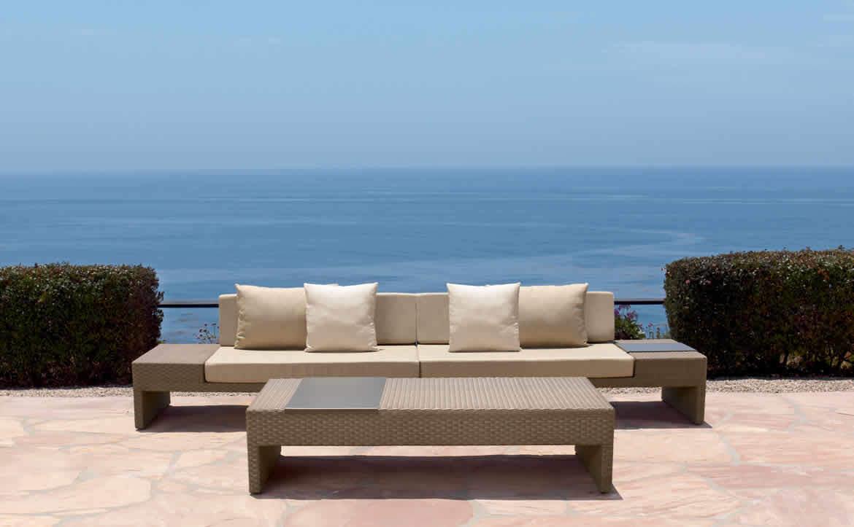brown jordan sofa