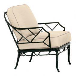 Calcutta chair with loose cushions