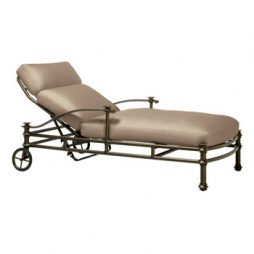 Campaign Grande Adjustable Chaise W Loose Cushion