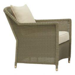 Southampton Lounge Chair W Loose Cushion 1 Sq Pillow