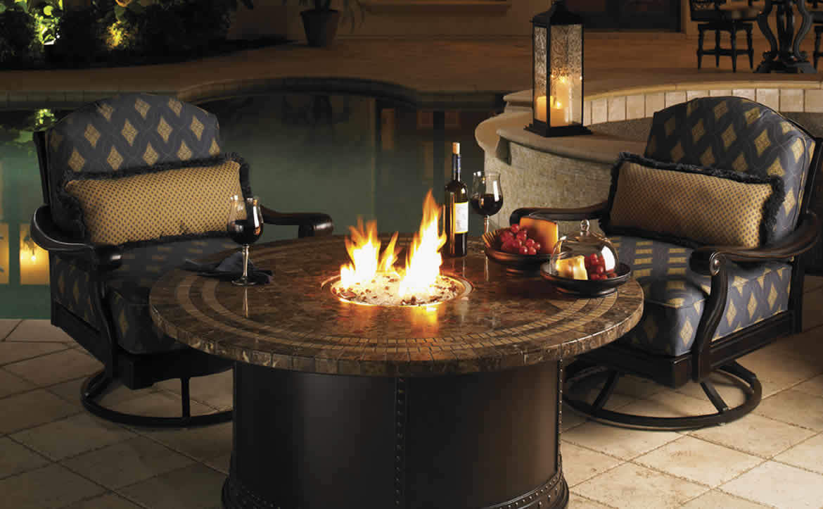 Tommy Bahama Royal Kahala fire pit and chairs