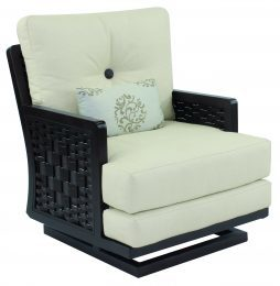 Spanish Bay Cushion Action Chair w/ One Kidney Pillow