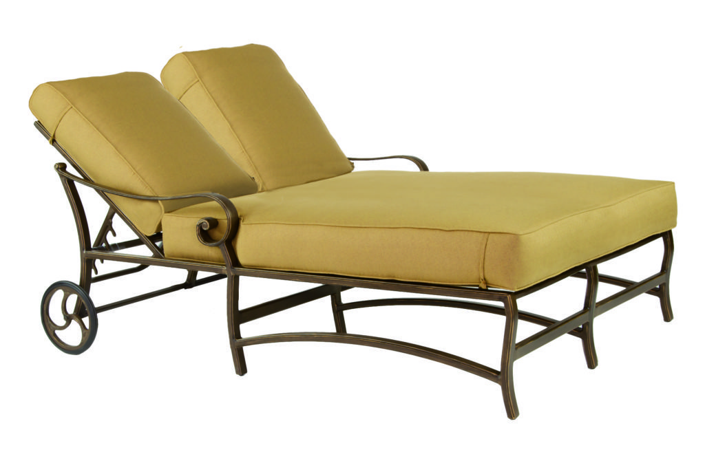 Veracruz Cushion Adjustable Double Chaise Lounge W Wheels