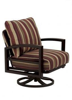 Lakeside Cushion Swivel Action Lounger