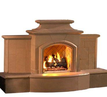 Grand Mariposa Outdoor Gas Fireplace