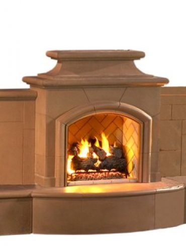 Grand Mariposa Outdoor Gas Fireplace