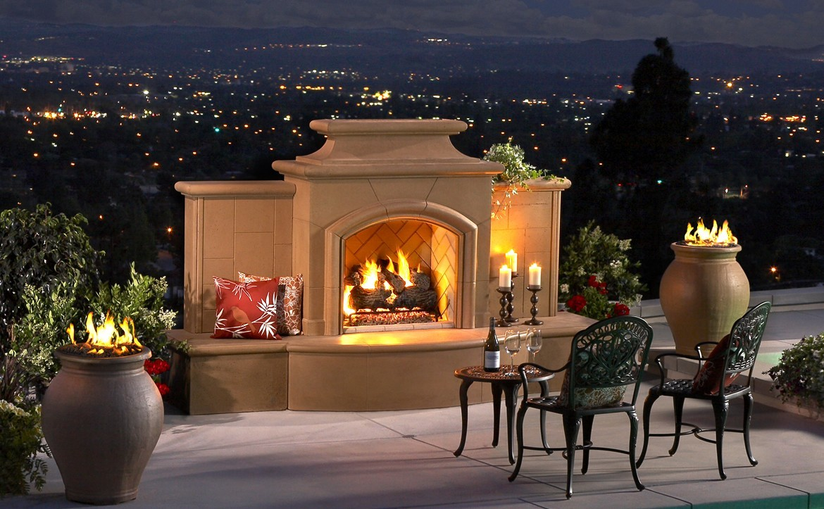 American Fyre Grand Cordoba outdoor fireplace