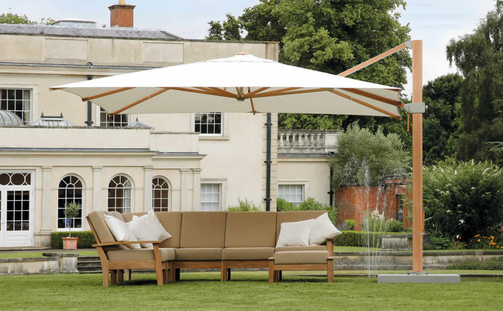 Barlow Tyrie outdoor sofa and chairs