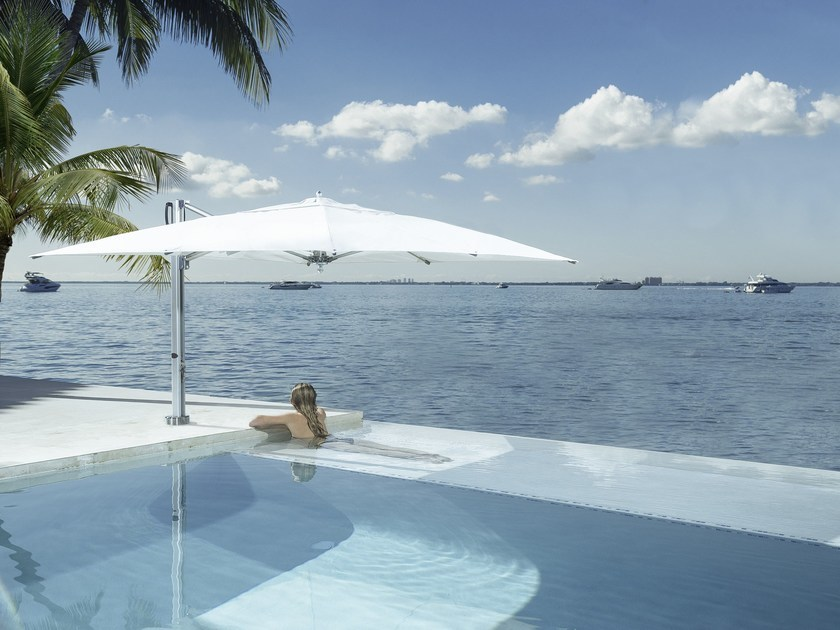 TUUCI Bay Master poolside cantilever